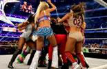 WWE女子冠军腰带争夺赛《摔角狂热30》