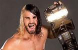 拥有NXT冠军腰带的选手《WWE选手图片》