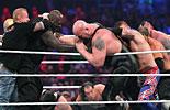 巨人皇家大战《WWE2016摔角狂热大赛》