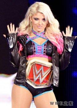 RAW女子冠军--布里斯