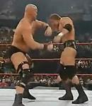 Stone Cold vs HHH WWE2001
