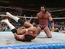 WWE选手首秀特辑!拉兹首次登场暴虐对手(2014.10.16期) - 狂野角斗士