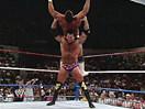 WWE经典大战史!拉兹首秀发动十字架摧毁对手(2014.10.16期) - 狂野角斗士