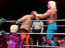 WWE选手首秀特辑!不朽传奇胡克霍根首次登场大战(2014.10.16期) - 狂野角斗士