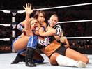 WWE女子撕衣-内衣肉搏赛:蕾拉(萨莫雷)vs娜达利娅(泰森基德)-ME摔角2014年11月2