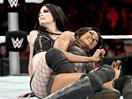 WWE女子撕衣-内衣肉搏赛:佩姬vs阿莉西亚-ME摔角2014年11月19日 - 狂野角斗士