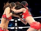 WWE李阿娇模仿贝拉姐妹!AJ女郎vs尼基贝拉(布里贝拉)-SD摔角2014年11月21日 - 狂野