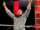 WWE山羊YES神君强势归来!丹尼尔布莱恩助约翰塞纳&道夫齐格勒vs赛斯罗林斯