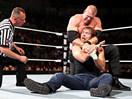 WWE激烈主战赛!凯恩vs迪安布罗斯-ME摔角2014年11月26日 - 狂野角斗士