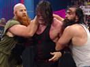 WWE经典大战史!怀亚特家族首秀暴虐红色巨魔面具凯恩(2014.12.10期) - wwe美国职业摔角