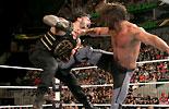 罗曼·雷恩斯 vs 塞斯·罗林斯《WWE2016合约阶梯大赛》