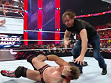 【中文官方解说】WWE激怒疯子的后果!迪安布罗斯出场疯狂羞辱克里斯杰里科