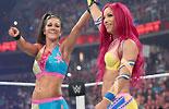 贝莉&夏萨 vs 夏洛特&戴娜《WWE2016战争之王》