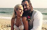WWE撸撸和拉娜《结婚照片》