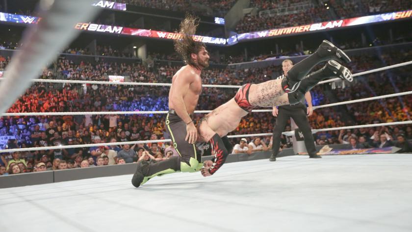 巴洛尔 vs 塞斯 罗林斯 WWE2016夏日狂潮 31