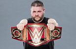 凯文·欧文斯和WWE全球冠军腰带写真