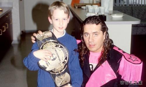 WWE的著名历史事件!他没有投降,却输掉了冠军!